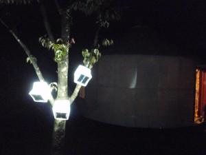 ソーラーパフ キャンプでソーラーランタン
